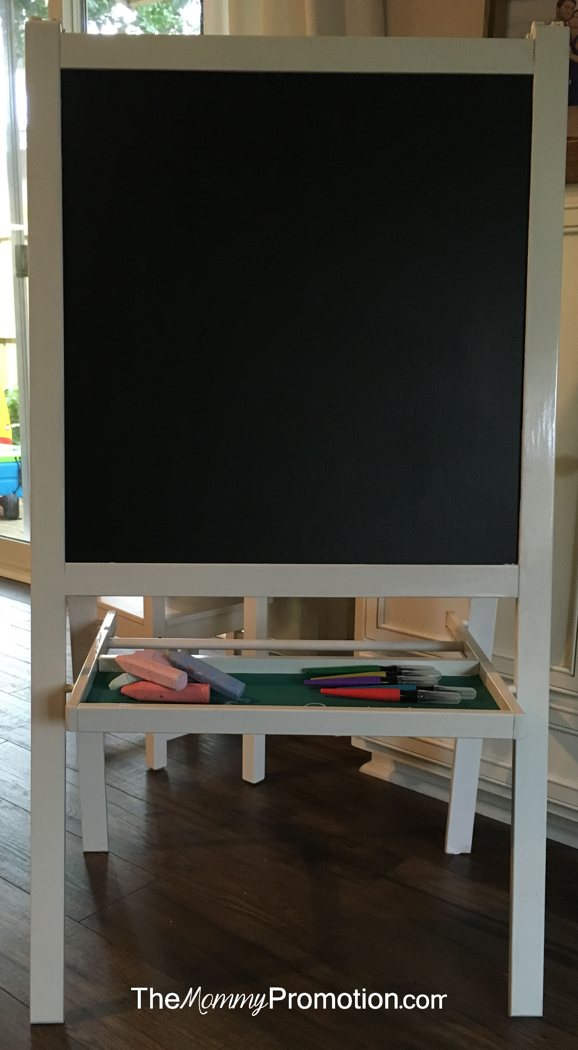 Ikea Hack _ MALA Easel _ Chalkboard Paint _ The Mommy Promotion